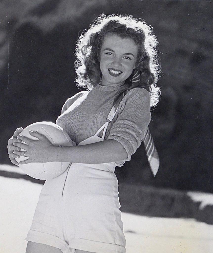 Andre de Dienes - Marilyn Monroe With Volley Ball, c 1950